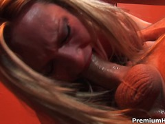 red-head, cumeating, hand-job, blowbang, blow, brush, cumcovered, cum-shot, eyes, inside,
