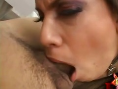 Collared girl takes cock down her throat