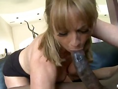 Shayla Laveaux, ndër racore, threesome