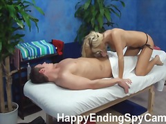 spioen, blond, massering