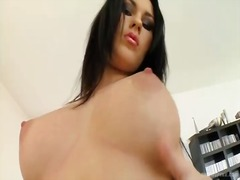 Beautiful antonia masturbates a big toy