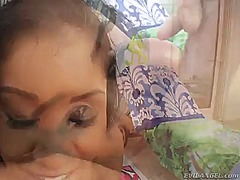 African yasmine de leon plays with her clit as she gets her hole slammed interracially