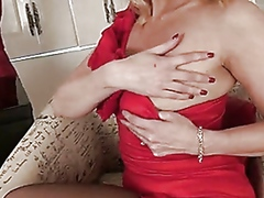 Classy blonde mom shows her deviant side